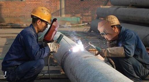 电焊作业焊接烟尘和有害气体防护