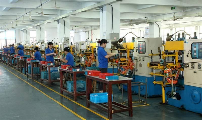 唐山迁安橡胶五金制品厂工位送风降温工程案例
